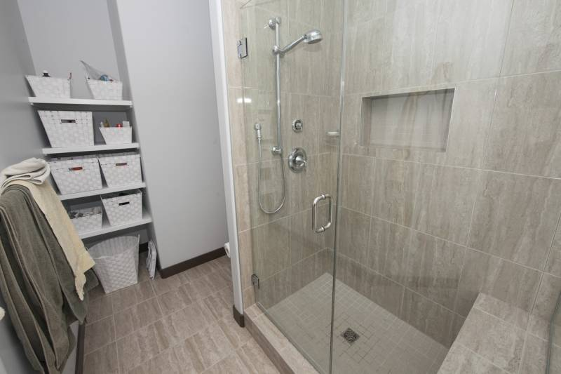 New Glass Shower Doors Amp Installation In Edmonton Top Shelf